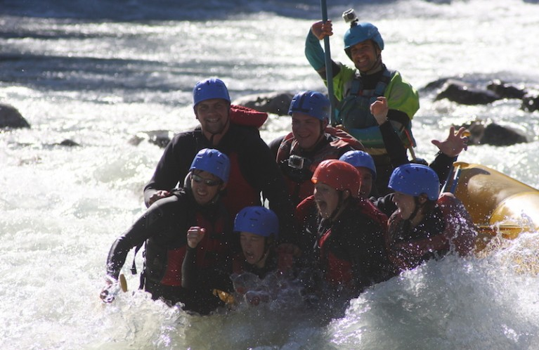 GROUP RAFTING TRIPS IN VANCOUVER